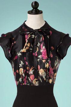 Stop Staring! Florish A Line Dress in Black 106 14 22520 20171003 0006cdoll