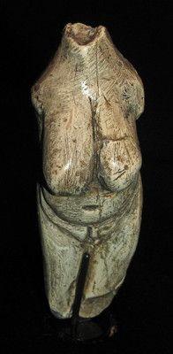 Venus of Moravany (Moravany nad Váhom, Slovakia). mammoth tusk ivory,  24000 - 22000 BC