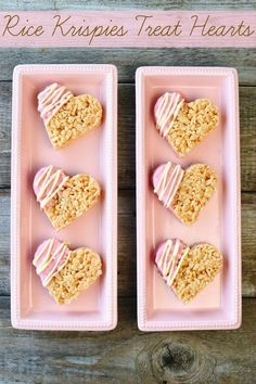 Wedding Food DIY Wedding Favors: Rice Krispies Treat Hearts - Make delicious and simple Rice Krispie Treat Hearts dipped in chocolate. Rice Krispies, Rice Krispie Treats, Cheap Favors, Unique Wedding Favors, Wedding Party Favors, Wedding Ideas, Wedding Catering, Elegant Wedding, Biscuit Wedding Favours