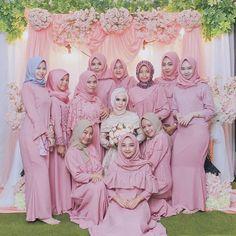 Hijab Style Dress, Hijab Outfit, Dress Up, Wedding Hijab, Princess Zelda, Disney Princess, Wedding Photoshoot, Fashion 2020, Hijab Fashion