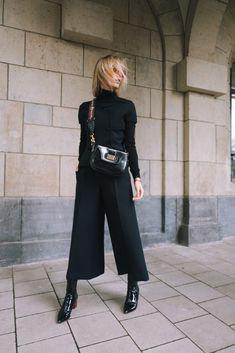 Incredibile Vogue Fashion´s Night Out in Düsseldorf – Total DIOR Outfit Fantastico Grande Vogue Fashion´s N. Mode Outfits, Fall Outfits, Casual Outfits, Fashion Outfits, Womens Fashion, Fashion Trends, Fashion Bloggers, Milan Fashion, Fashion Ideas