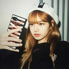 Lalisa Manoban, our queen! Kim Jennie, Forever Young, Girls Generation, Square Two, Lisa Bp, Blackpink Photos, Blackpink Fashion, Blackpink Jisoo, Kpop Aesthetic