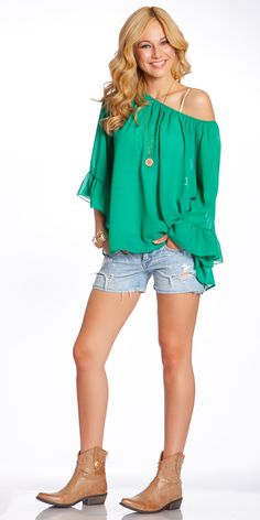 2tee Couture Oversized Ruffle Top