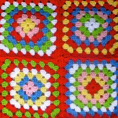 My favorite things... A bunch of Dalia's, A bowl of yarn and granny square goodness... This colour range was inspired by Sarah London's use of the Cath Kidston's colour pallet...I just add a darker blue to mine...