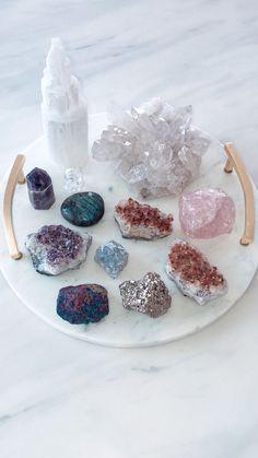Crystal Guide, Crystal Magic, Crystal Healing, Crystal Altar, Crystal Decor, Crystals And Gemstones, Stones And Crystals, Wicca, Crystal Aesthetic