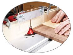 17 of Our Favorite Router Tips | Popular Woodworking Magazine Woodworking Quotes, Woodworking Lathe, Learn Woodworking, Woodworking Magazine, Popular Woodworking, Woodworking Furniture, Woodworking Projects, Woodworking Machinery, Metal Furniture
