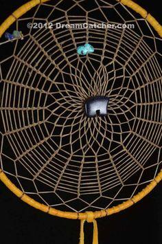 Triple Weave Navajo Dream Catcher with Blue Goldstone Inch . Dream Catcher Art, Dream Catcher Mobile, Sun Catcher, Navajo Art, Indian Arts And Crafts, Gods Eye, Medicine Wheel, Nativity Crafts, Native Art