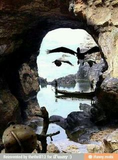 Clever optical illusion nature moulds itself into a portrait of salvador dali,now that is surreal art great wildlife seascape photo Excited Pictures, Cool Pictures, Cool Photos, Random Pictures, Perfect Timed Pictures, Funny Photos, Amazing Photos, Funny Images, Illusion Kunst