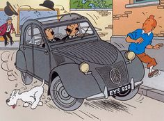 Tintin & Milou hardly escaping from being run over by Citroen driven by the professors. Asterix Y Obelix, Comic Art, Comic Books, 2cv6, Ligne Claire, Bd Comics, Car Posters, Fox Terrier, Cultura Pop