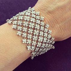 925 Sterling Silver white round new style Flower beautiful jewelry bracelet CZ* Diamond Bracelets, Diamond Jewelry, Bangle Bracelets, Gold Jewelry, Fine Jewelry, Silver Bracelets, Jewlery, Gold Bracelet For Women, Best Diamond