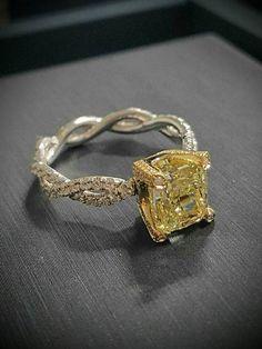 DIAMOND MANSION Custom Engagement Rings / http://www.deerpearlflowers.com/custom-diamond-engagement-rings/3/