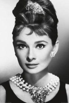 'Paris is always a good idea.' -- Audrey Hepburn @~ Mlle