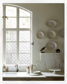 """""""Have something that expresses you and expresses how you want to live and is comfortable for you."""" Kay O'Toole opens the doors to her home,… Kitchen Interior, New Kitchen, Kitchen Design, Kitchen Decor, Cozy Kitchen, Kitchen Ideas, Cottage Kitchens, Home Kitchens, Dream Kitchens"""