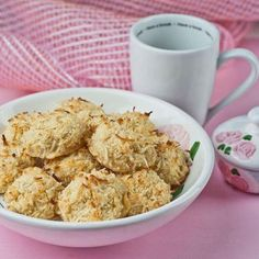 Clean Eating Dessert Recipes: Coconut Macaroons