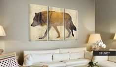 Tableau The Wandering Wolf - Taille : 80 x x 90 cm Wolf, Banksy, Moose Art, Tapestry, Living Room, Prints, Canvas, Painting, Animals