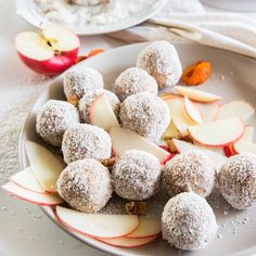 Leah Itsines' Apple Energy Balls Are Packed Full Of Protein, Fibre & Flavour Apple Snacks, Apple Recipes, Snack Recipes, Protein Recipes, Healthy Recipes, Free Recipes, Healthy Sweets, Healthy Baking, Healthy Snacks