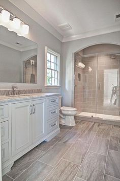 You don't need to live on a farm to enjoy farmhouse style. Retro and rustic, the farmhouse style takes us to simpler times, where technology wasn't invading our everyday lives and where a bath was a…MoreMore #bathroomremodeling