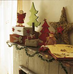 00116229 O. Repisa decorada con muñecos y detalles de Navidad_116229
