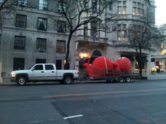 Giant Red Snails courtesy of Galleria Ca'd'Oro ....on their way from Central Park to Marvin Gardens