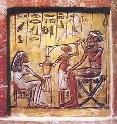 - Papà, scommetto che tra tutte le civiltà antiche quella che ti piace di più è l'egiziana. - E perché lo pensi? - Perché facevano la birra. Diavolo di un luppoletto 😈