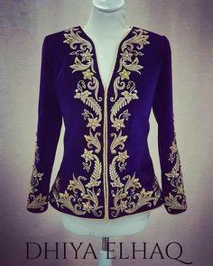 Kurta Neck Design, Blazers, Hand Embroidery Designs, Kaftan, Sari, Turquoise, Indian, Womens Fashion, Model