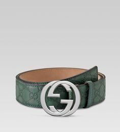 a3c07ee2b4b Gucci Official Site – Redefining modern luxury fashion.