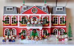 Calico Critters Christmas house. So adorable!