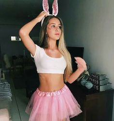 Have a quick look at the best Halloween Costumes for Women which can easily be DIYed. From BFF Halloween costumes to easy peasy & cute Halloween costumes. Bunny Halloween Costume, Teenage Halloween Costumes, Cute Costumes, Halloween Outfits, Costumes For Women, Fantasias Halloween, Halloween Disfraces, Teenager Girl, Girl Barbie
