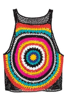 Crochet Vests Crocheted vest top: Short, crocheted vest top in soft cotton with thin shoulder straps and a solid-colour back. - Short, crocheted vest top in soft cotton with thin shoulder straps and a solid-colour back. T-shirt Au Crochet, Crochet Bolero, Mode Crochet, Crochet Woman, Cotton Crochet, Crochet Granny, Crochet Bikini, Rainbow Crochet, Crochet Tank Tops