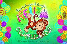 Mono Manolo parado en una mano sosteniendo un pastel de cumpleaños. © ZEA www.tarjetaszea.com