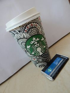 Drawing on starbucks cup , doodling , zenatngle ,art