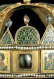 Az abroncs egy részlete Hungary History, Byzantine Gold, Museum, Textiles, Culture, Christmas Ornaments, Holiday Decor, Age, Jewels