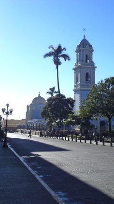 Córdoba es una ciudad de grandes contrastes sociales, desde los elevados niveles de vida de la clase alta hasta las colonias de clase media baja de las orillas. #OjalaEstuvierasAqui en Córdoba, Veracruz