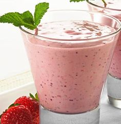 Splendid Smoothie Recipes for a Healthy and Delicious Meal Ideas. Amazing Smoothie Recipes for a Healthy and Delicious Meal Ideas. Diet Smoothie Recipes, Smoothie Drinks, Smoothie Diet, Healthy Smoothies, Healthy Foods To Eat, Healthy Drinks, Healthy Snacks, Healthy Recipes, Easy Recipes