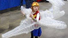 When cosplayers conjure up Wonder Woman's invisible jet, they'll usually tell you to just use your imagination. But one little girl, with the help of her professional balloonist father, brought the make-believe plane to life.