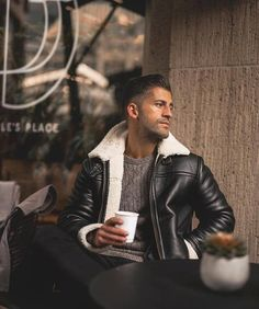 Men Black Fashion Leather Jacket with Fur Lining and Collar, Men Winter Leather Jackets, Fur Collar Jackets for Men Winter Leather Jackets, Leather Jacket With Fur, Fur Collar Jacket, Rugged Men, Gentleman Style, Fur Collars, Leather Men, Black Leather, Mens Fashion