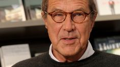 Malerei, Drehbücher, Cartoons,  Karikaturen, Romane und unzählige Gedichte zählen zu seinem Werk. 2006 verlor Gernhard den Kampf gegen den Krebs. Seinen Humor hat der wichtigste zeitgenössische deutsche Dichter bis zum Ende nicht verloren.