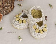 Oakland Baby Booties - Crochet Pattern