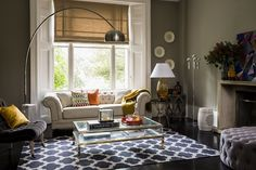 eclectic-living-room-make-your-home-your-own-achica-competition-580