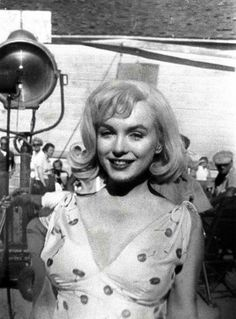 "Marilyn Monroe on the set of ""The Misfits"""