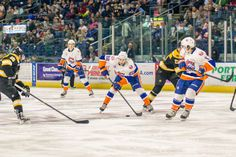 Bridgeport scored twice within a half minute late in the first period, and that ultimately proved to hold up as the Bridgeport Sound Tigers defeated the Providence Bruins, 2-1, before 6,307 fans at th