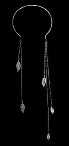 Roman Style Torque - Circle (Slave Collar) Drop Leaf Necklace in Antique Silver