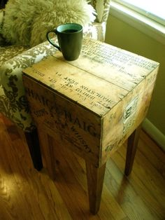 Shipping Crate Side Table (Haig & Haig Whisky) x x Pallet Furniture, Painted Furniture, Furniture Plans, System Furniture, Furniture Chairs, Garden Furniture, Bedroom Furniture, Outdoor Furniture, Crate Side Table