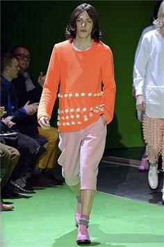 Suéter, de Comme des Garçons