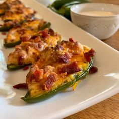 These delicious Keto Jalapeño poppers are my favorite keto appetizer perfect for Sunday night football and gatherings! Contains only 5 ingredients! Spicy Recipes, Appetizer Recipes, Low Carb Recipes, Diet Recipes, Appetizers, Delicious Recipes, Appetizer Ideas, Ketogenic Recipes, Ketogenic Diet