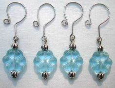 crochet stitch markers - blue  need to make some