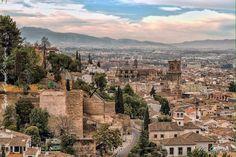 Panorámica de Granada y las murallas