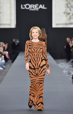Jane Fonda Suede Dress - Jane Fonda stole the show in a tiger-patterned suede dress by Balmain when she walked the Le Defile L'Oreal Paris runway.