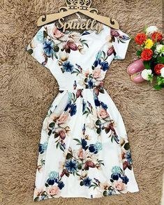 Longer Modest Dresses, Pretty Dresses, Casual Dresses, Fashion Dresses, Crop Top Outfits, Cute Casual Outfits, Skirt Outfits, Dress Indian Style, Dress To Impress