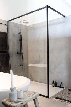 Dit is misschien wel het mooiste huis van Haarlem - Alles om van je huis je Thuis te maken Bathroom Inspo, Bathroom Inspiration, Bathroom Ideas, Bathroom Layout, Bathroom Designs, Tile Layout, Bathroom Goals, Shower Designs, Bath Ideas